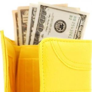 Премии облагаются ндфл и страховыми взносами
