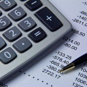 Расходы и использование денежных средств