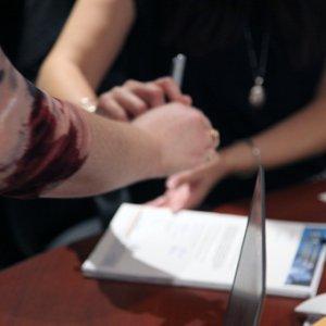 Ходатайство о повышении заработной платы: образец, рекомендации к составлению