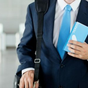 Что делать с нефискальным чеком в авансовом отчете: порядок формирования