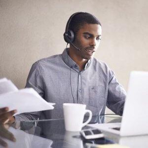 Работа диспетчером грузоперевозок на дому: как заработать с нуля