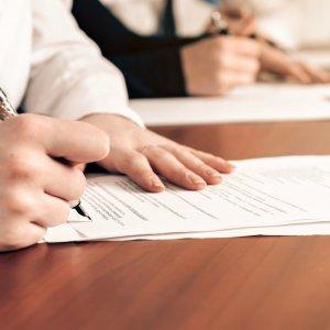 Подписание договора займа