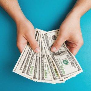 Как регулируется оплата третьим лицам