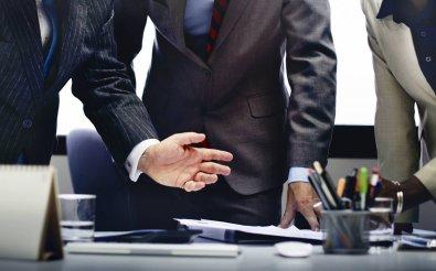 Сколько действует решение о назначении директора