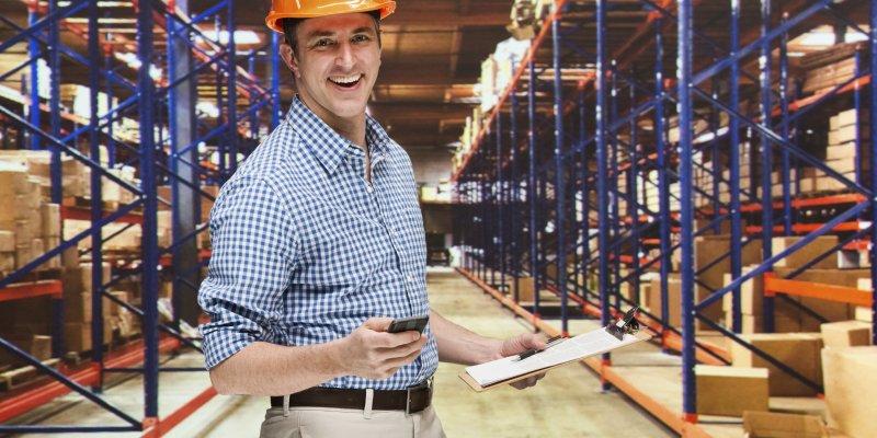 Должностные обязанности заведующего складом — общая информация и разделы
