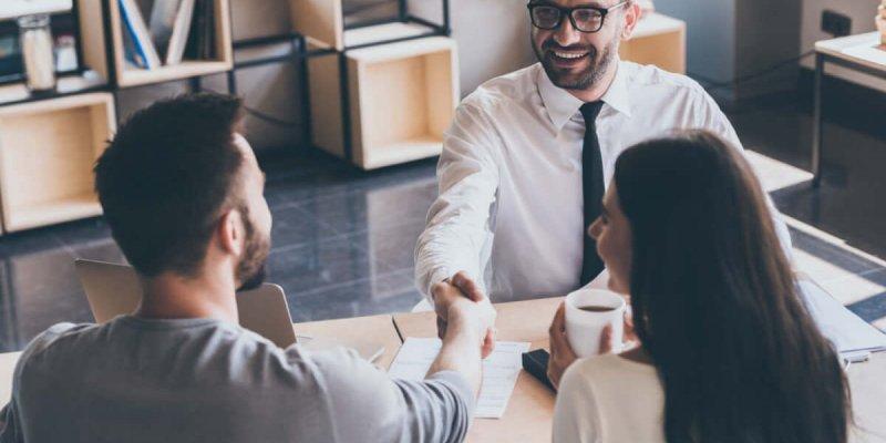 Отказ о приеме на работу — правила и причины процедуры