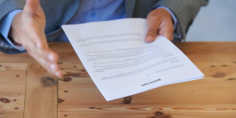 Необходимые документы при приеме на работу, что берем с собой на собеседование