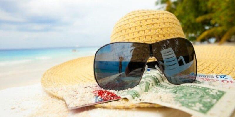 Как и когда производится оплата отпуска: учитываем премии
