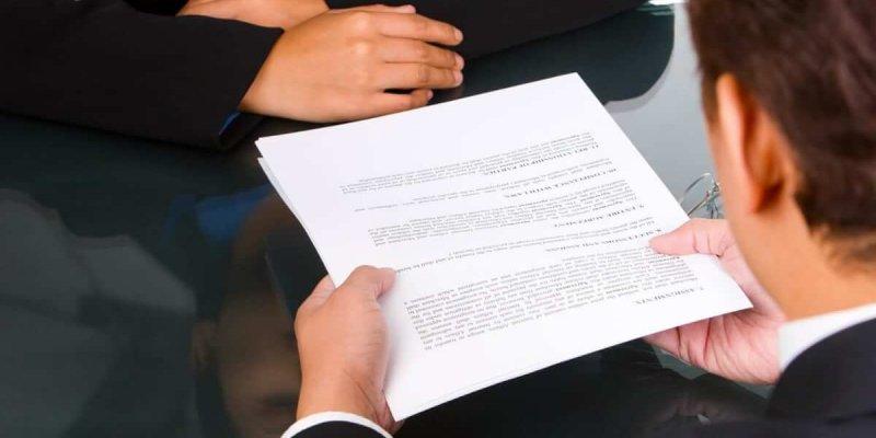 Что такое ходатайство в суд с места работы — порядок рассмотрения и формат документа