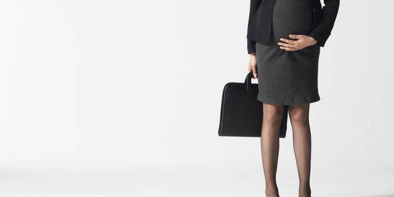 Имеет ли право работодатель уволить беременную женщину: статьи ТК