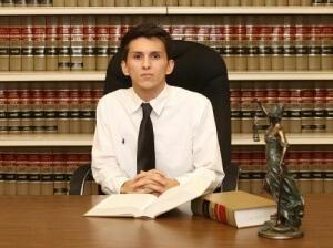 Вам нужен опытный юрист!