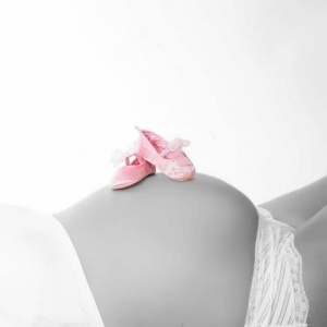 Как рассчитать декретные выплаты: рекомендации по оформлению пособия беременным