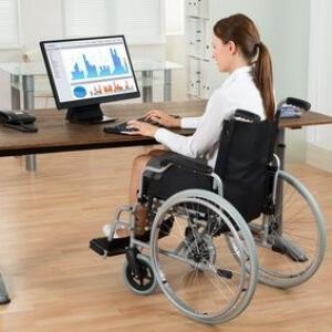 Может ли инвалид 2 группы работать: что нужно знать о правилах трудоустройства
