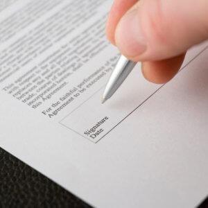 Подписание необходимых бумаг
