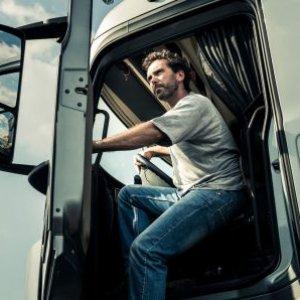 Оплата за труд водителем грузового авто