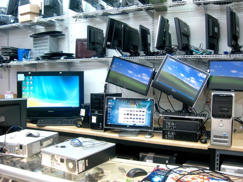Сервисный центр по ремонту компьютеров и комплектующих