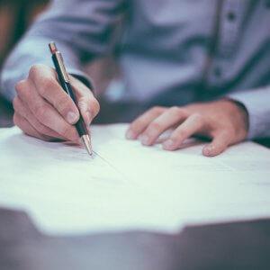 Как правильно составить характеристику на делопроизводителя — подробный разбор всех нюансов