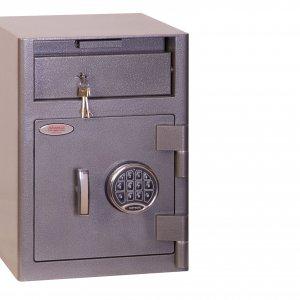 Обязательно наличие сейфа
