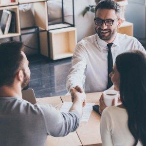 Отказ о приеме на работу - правила и причины процедуры