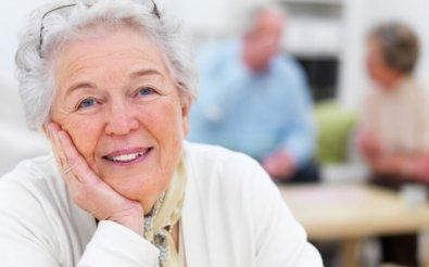 Пенсионеров не ставят на учет