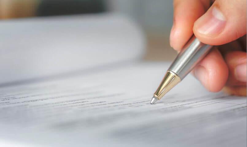 Кто подписывает документ