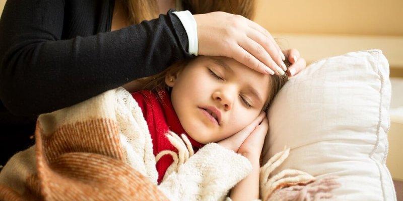 До какого возраста дают больничный на ребенка – возрастные особенности