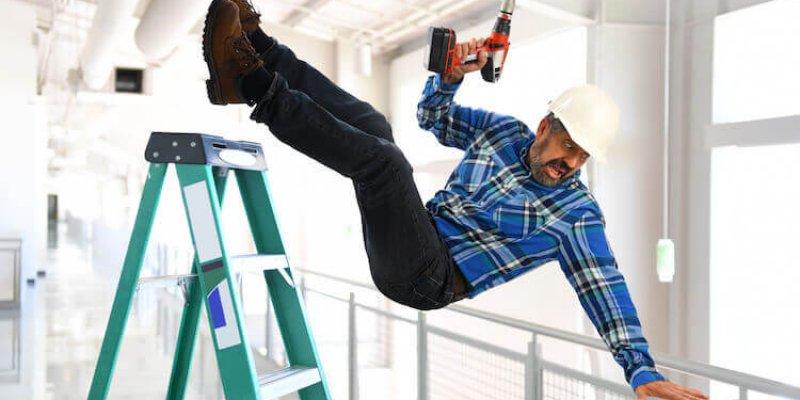 Какие выплаты положены при производственной травме для сотрудников предприятий